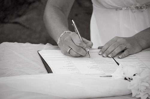 contrat de mariage blog mariage queen for a day blog mariage. Black Bedroom Furniture Sets. Home Design Ideas