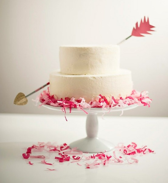 simple-confetti-cake-arrow-diy