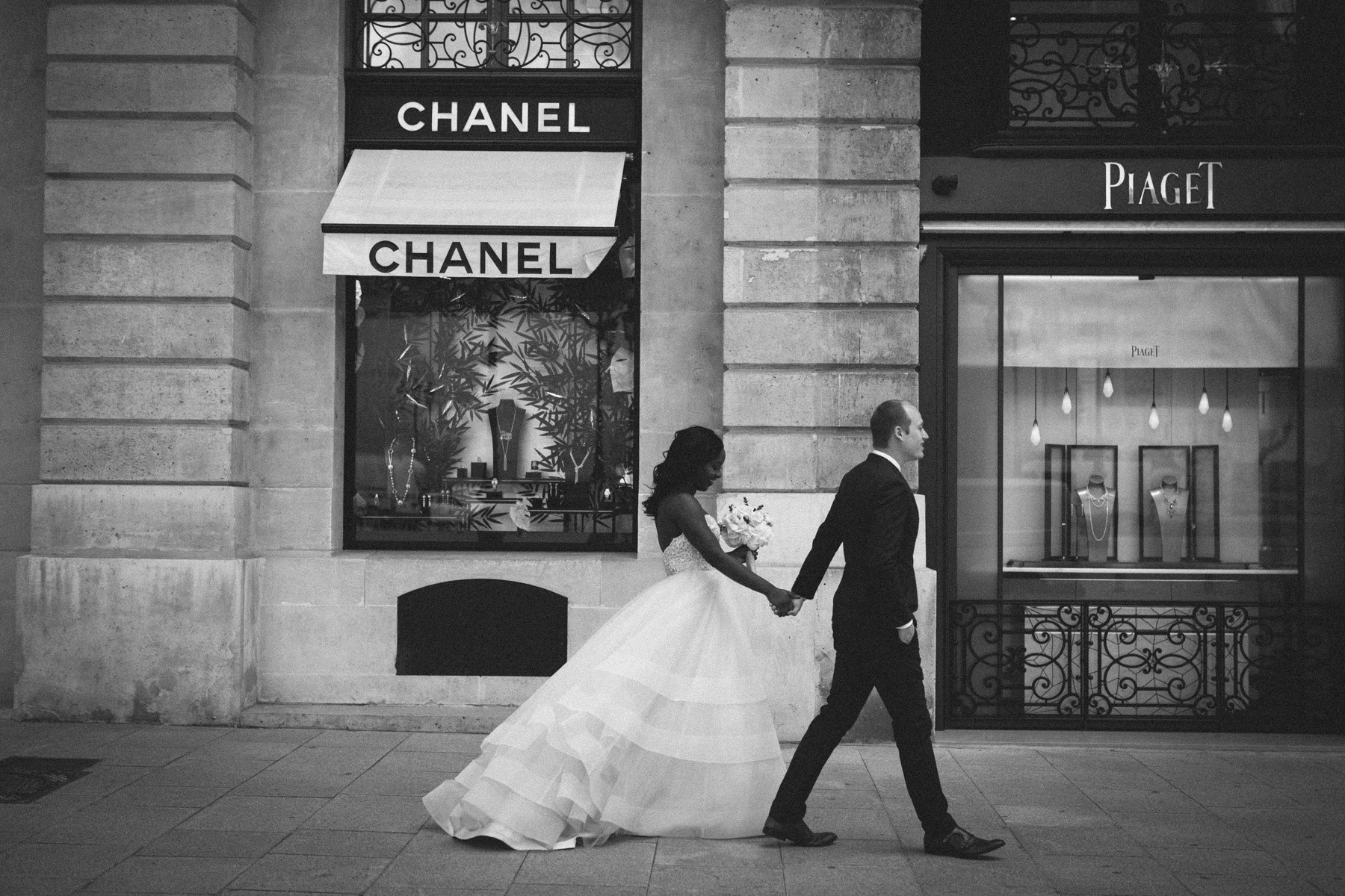 parisian-elopement-photographer-in-paris-36