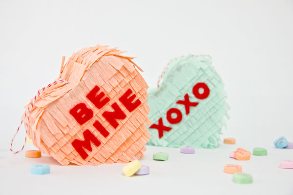 DIY-Conversation-Heart-Pinata